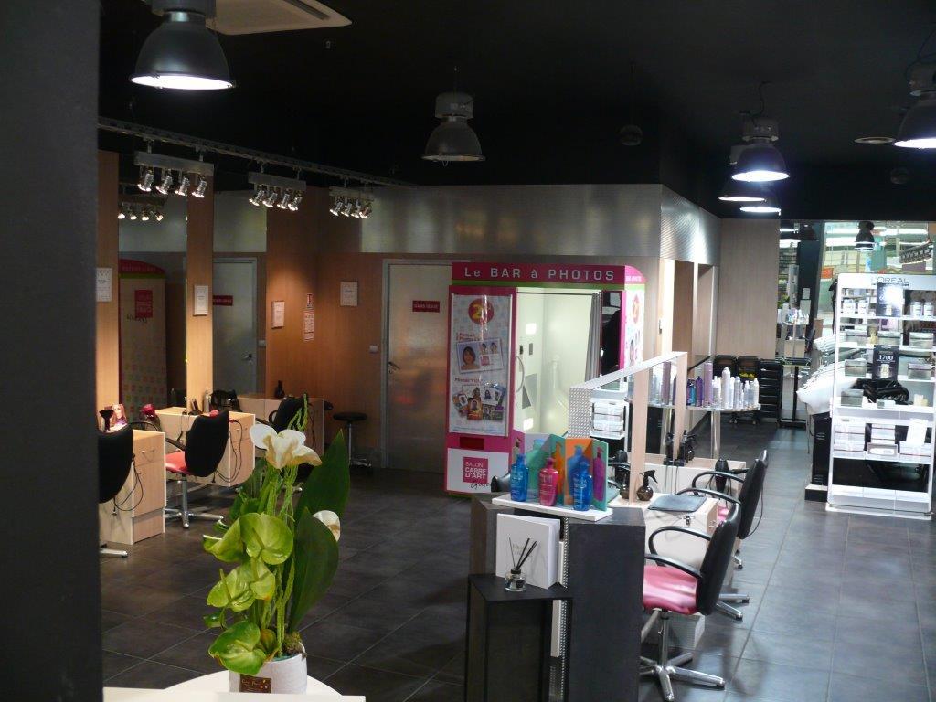 Salon de coiffure carr d art leclerc champfleury for Salon o coiffure reims