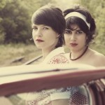 les-deux-z-elles-proposent-une-pop-folk-swing-poetique-sensuelle-jazzy-et-un-brin-provocatrice-photo-dr
