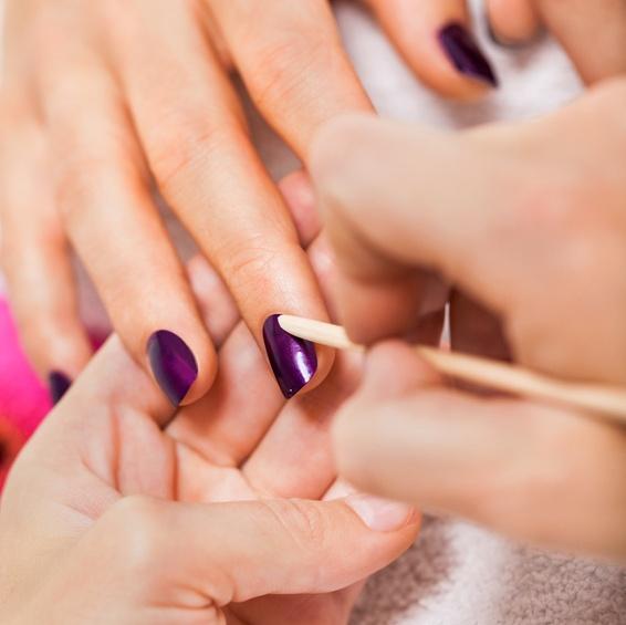 Manucure, beauté des mains et des pieds…